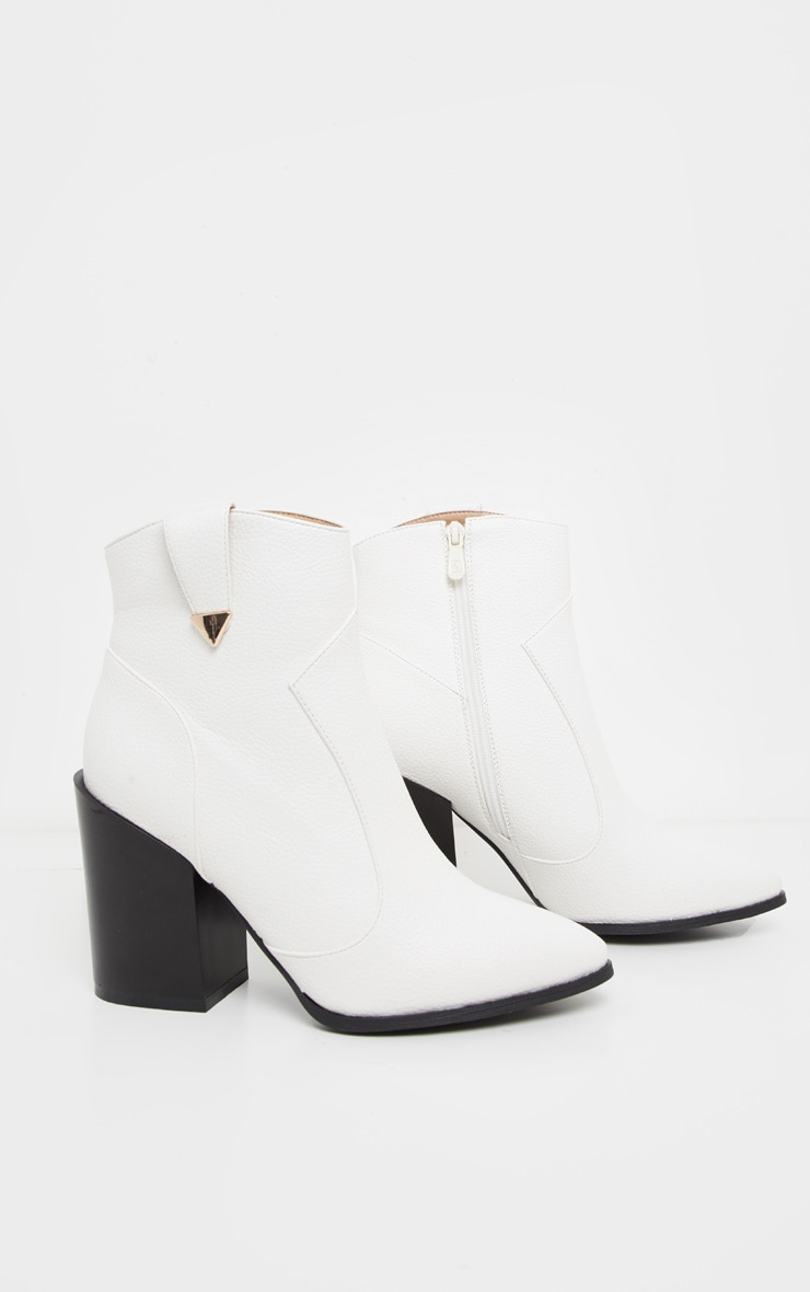 White Western Detail Ankle Boot 3