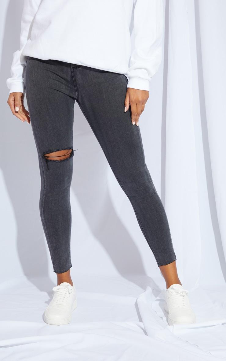PRETTYLITTLETHING Washed Black Raw Hem Knee Rip Disco Skinny Jeans 2