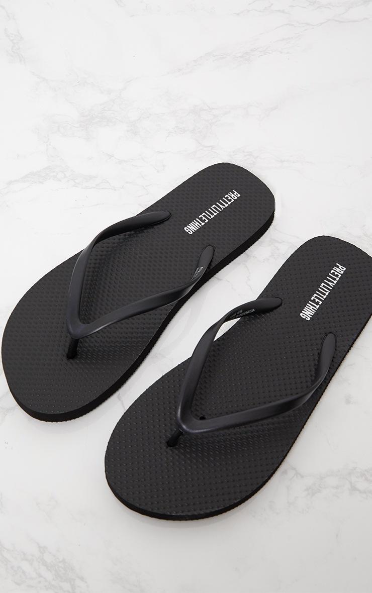 PRETTYLITTLETHING Black Flip Flops 2