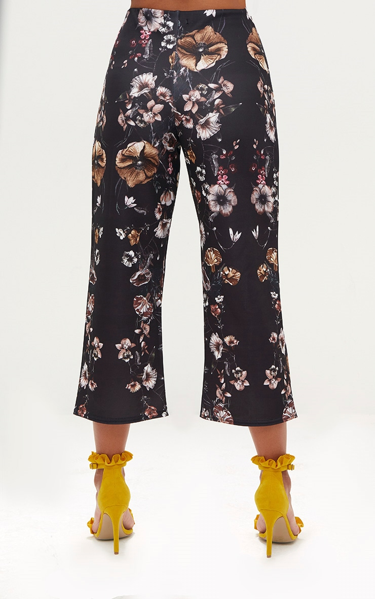 Black Floral Placement Culottes 4
