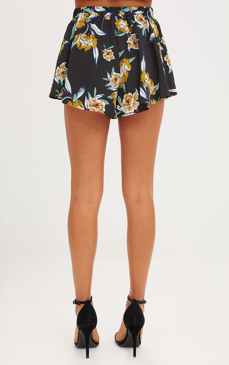 Black Floral Floaty Shorts 4