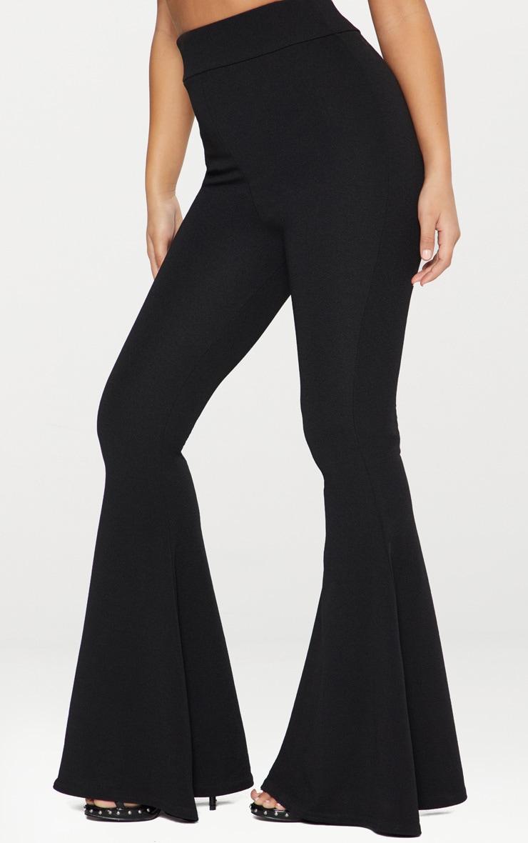 Pantalon flare noir extrême  2