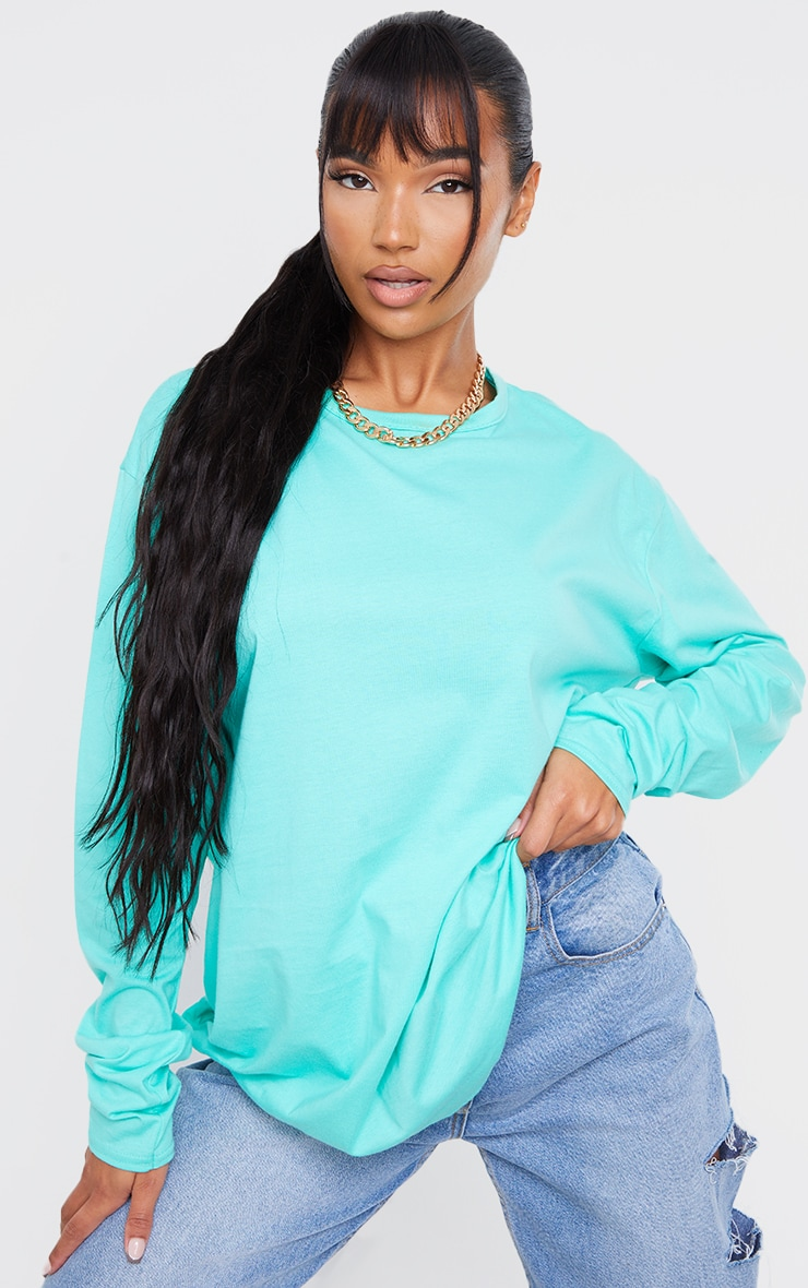 Tee-shirt manches longues turquoise oversize style boyfriend 1