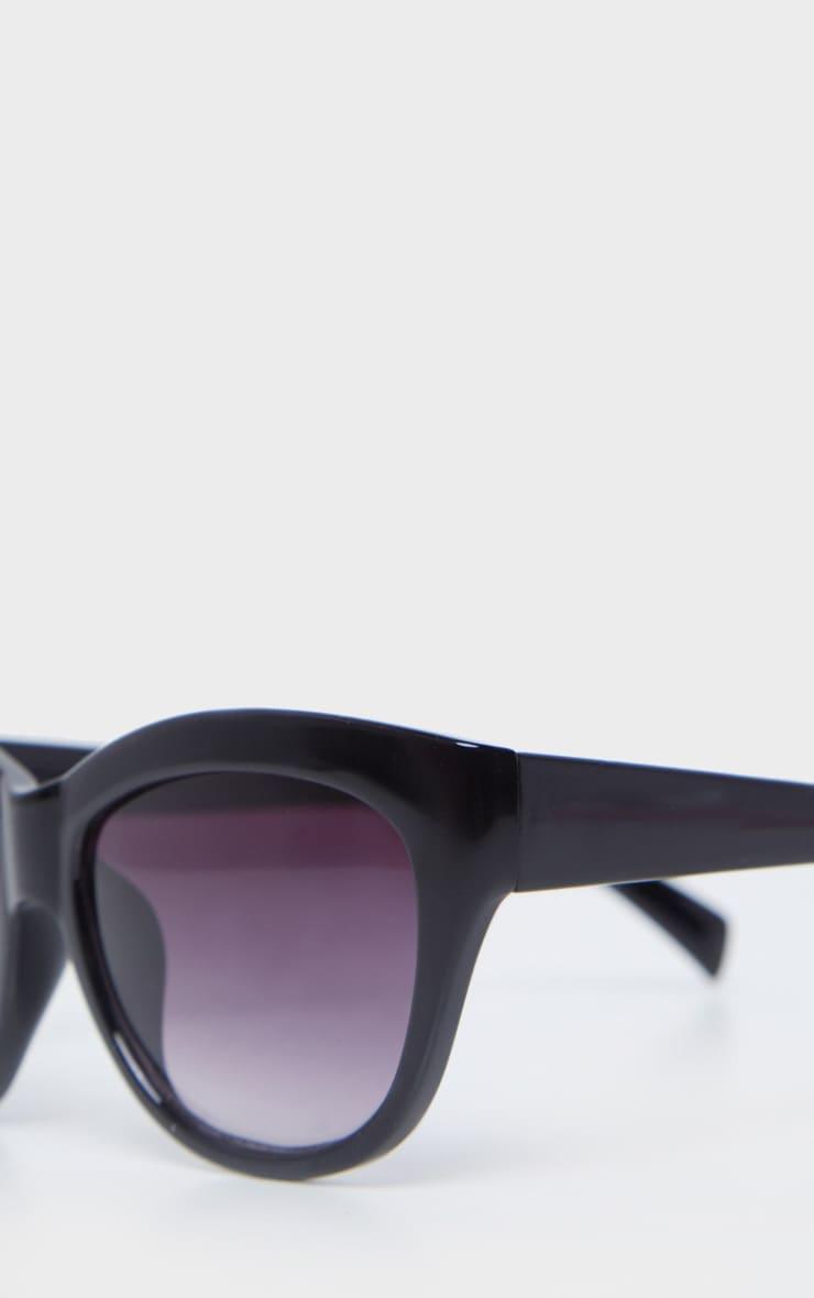 Black Resin Grey Smoke Lens Oversized Cat Eye Sunglasses 4