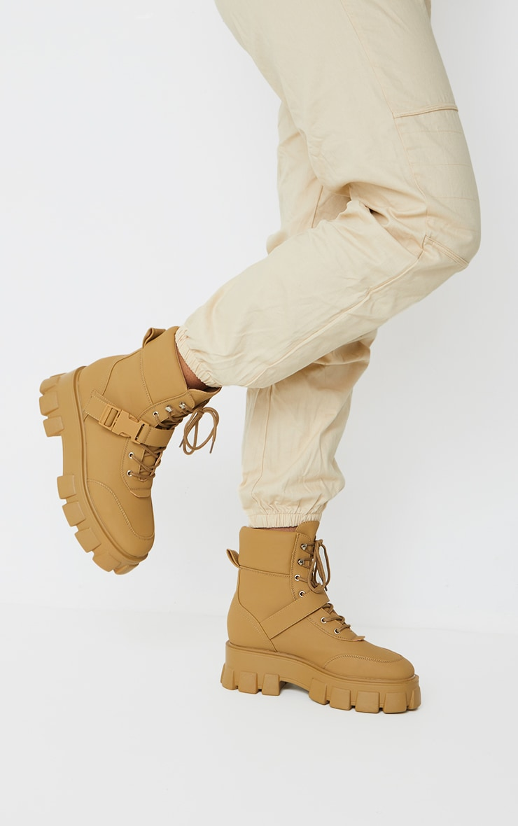 Sand Extreme Chunky Sole Buckle Clasp Hiker Boots 2