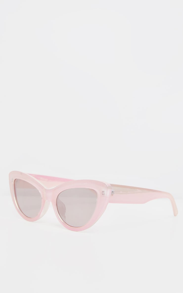Pink Holographic Lens Cateye Sunglasses    2