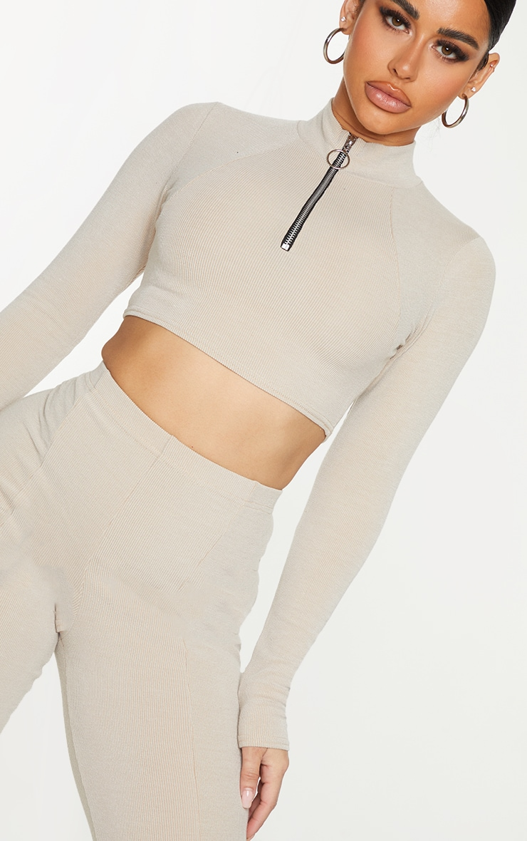 Shape Stone Soft Rib Ring Pull Long Sleeve Crop Top 4