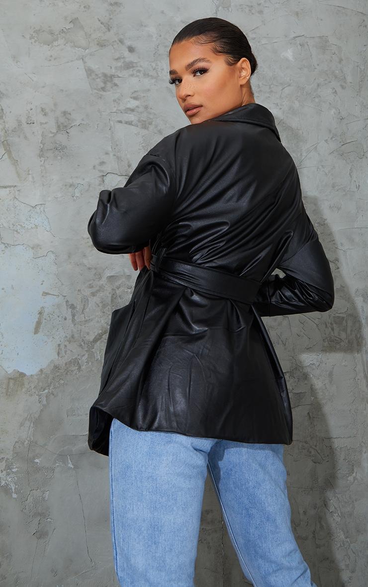 Veste longue en similicuir noir à ceinture 2