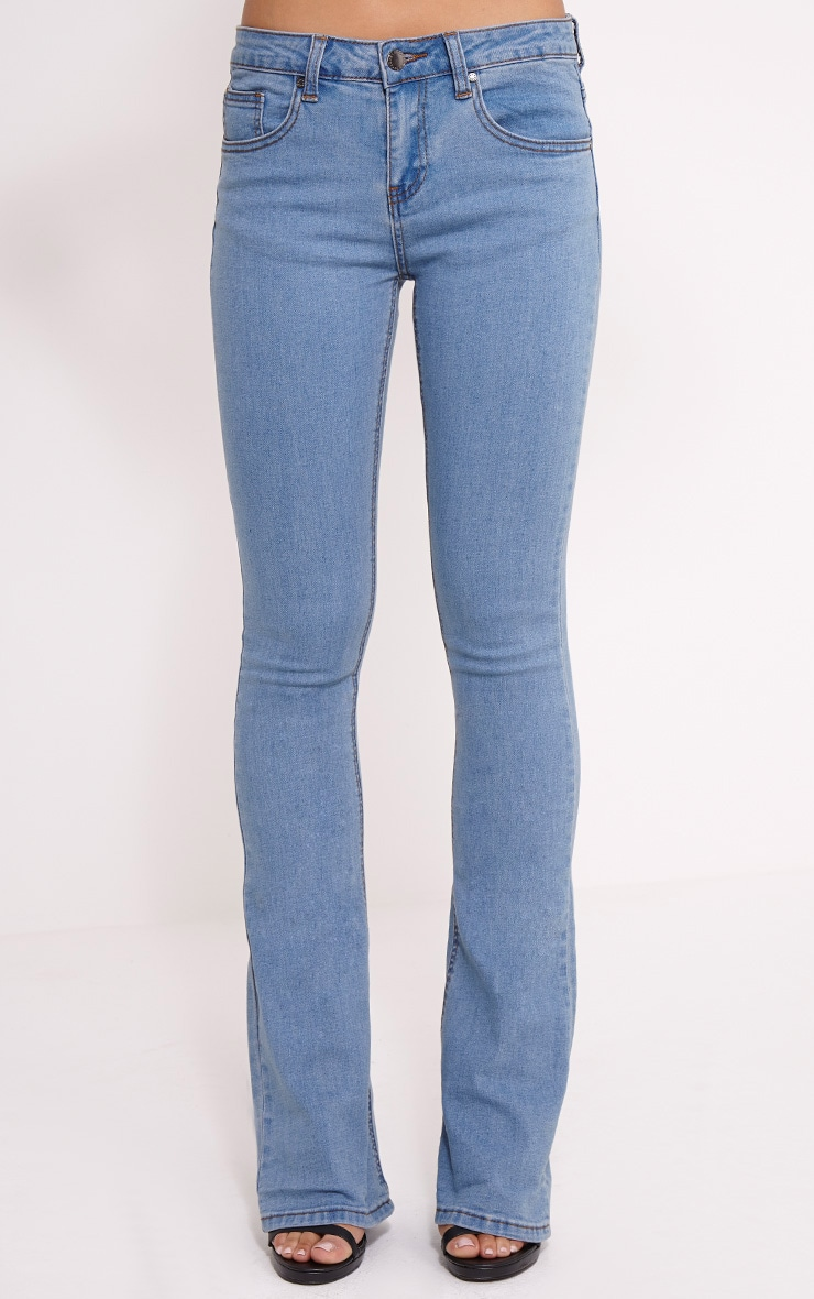 Victoire Blue Mid Wash Flared Jean 2