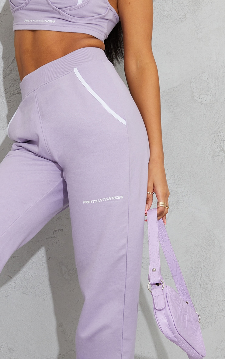PRETTYLITTLETHING Lilac Printed Contrast Piping Joggers 4