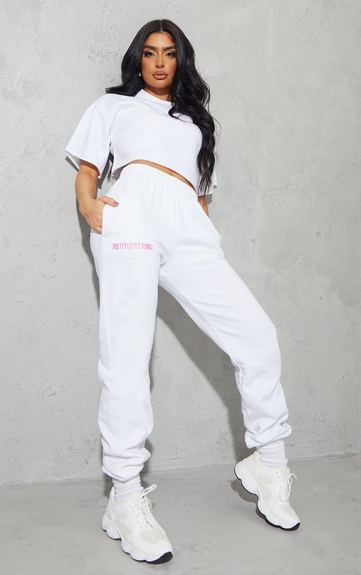 PRETTYLITTLETHING White Oversized Embroidered Joggers 1