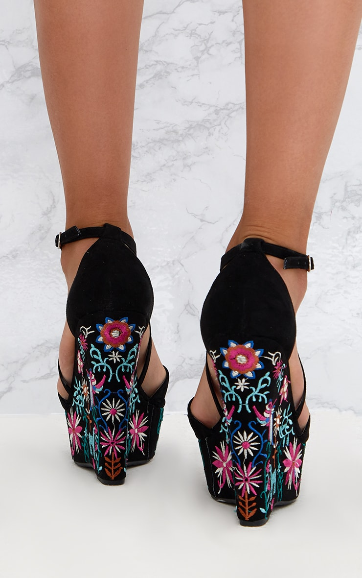 Black Embroidered Wedges 4