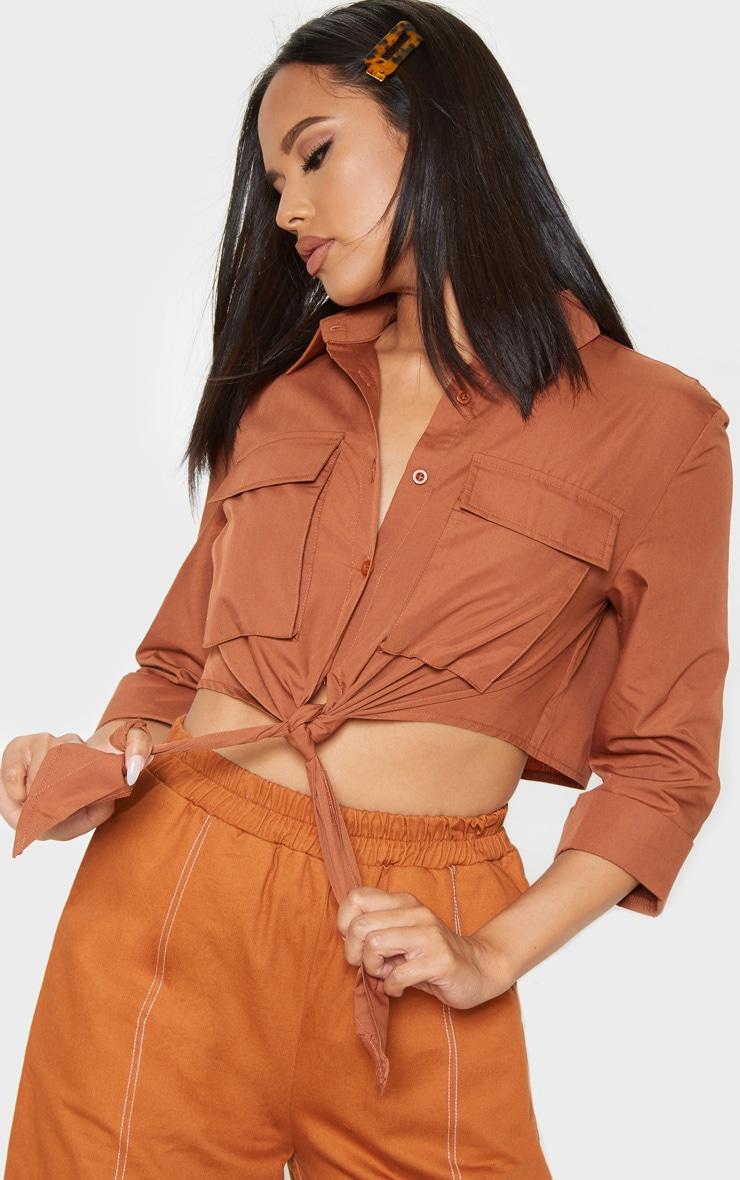 Chemise marron clair nouée style militaire à poches 1