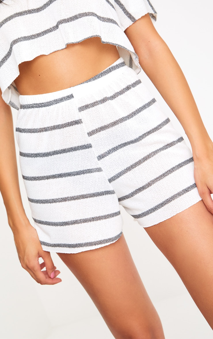White Stripe Lightweight Knit Floaty Shorts 6