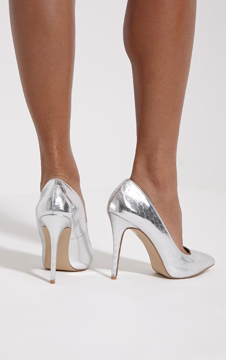 Lori Silver Metallic Snake Skin Pointed Court Heels 2