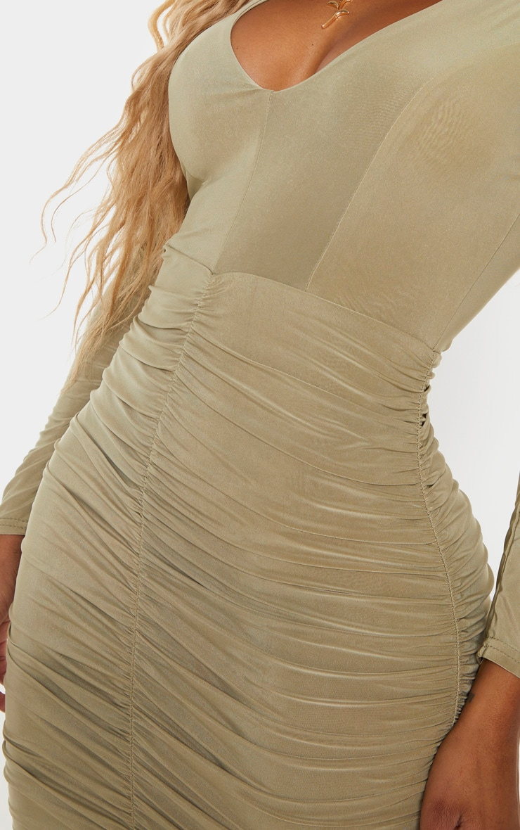 Shape - Robe mini près du corps froncée vert sauge 4