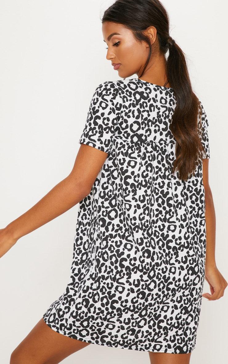 Grey Leopard Print Short Sleeve Smock Dress 2