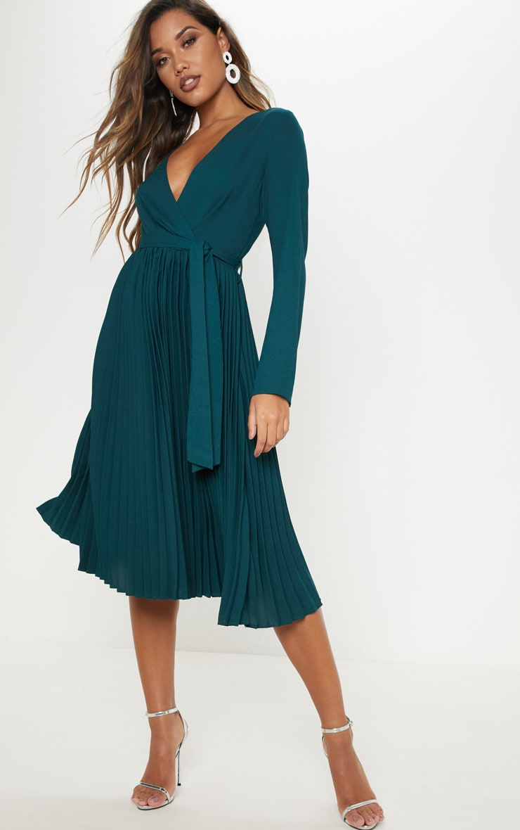 Emerald Green Long Sleeve Pleated Midi Dress