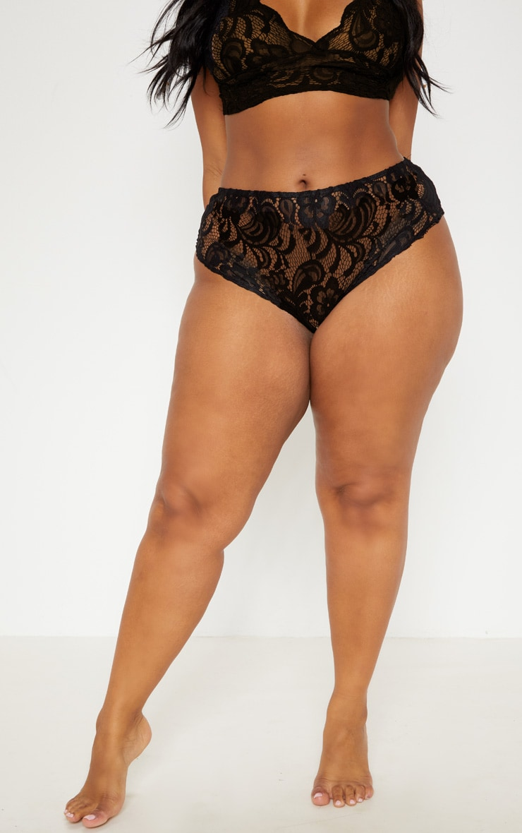 Plus Black Scallop Edge Lace Knicker 2