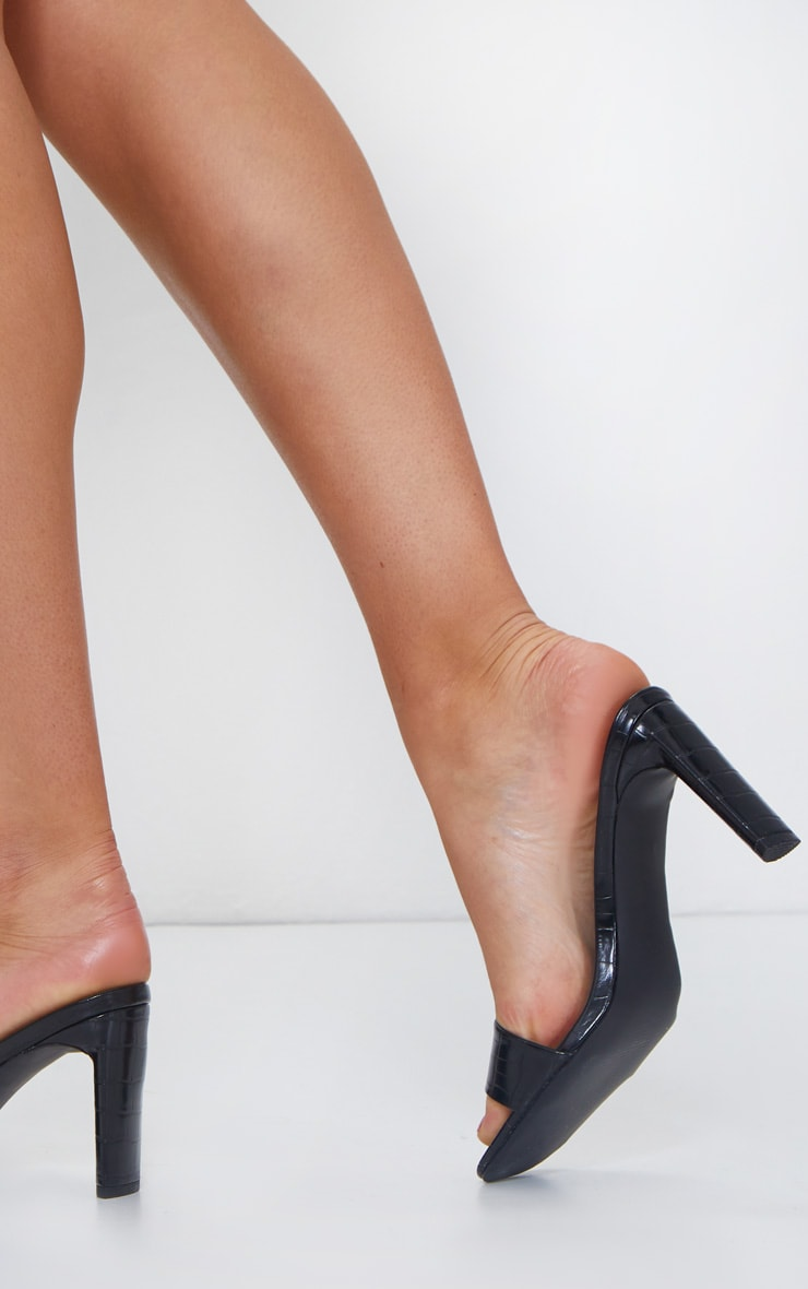 Black Low Heel Square Toe Single Strap Mule 2