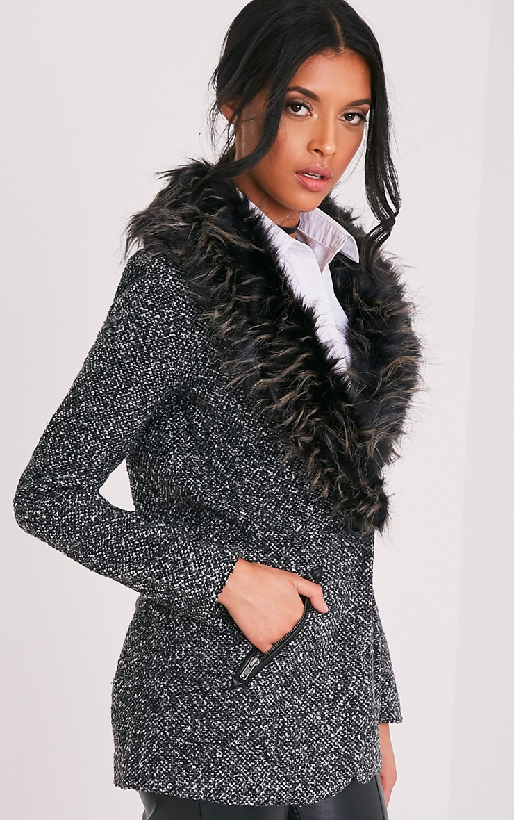 Jenifa manteau boucle gris avec col en fausse fourrure 4
