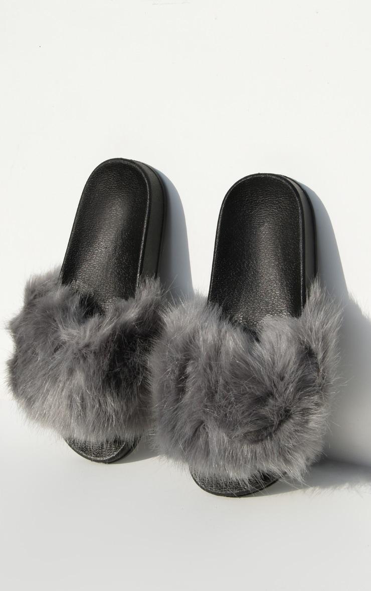 Grey Faux Fur Strap Sliders 3