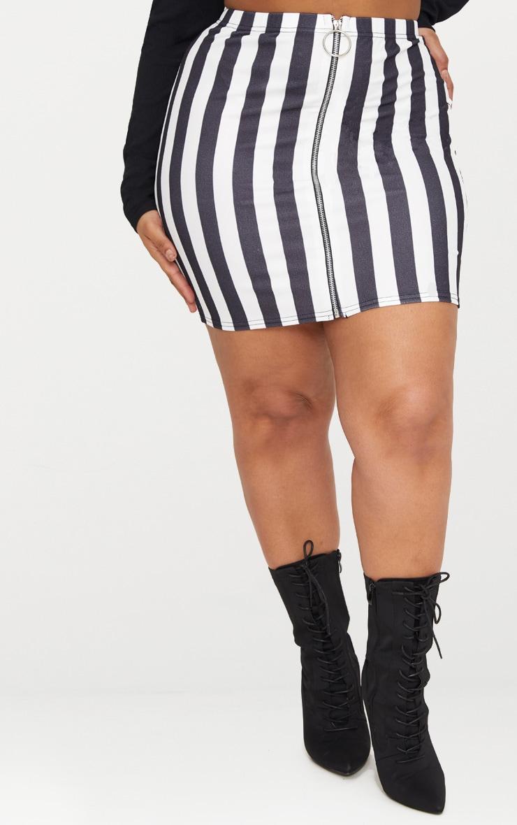 Plus Black Ring Pull Detail Striped Mini Skirt 2
