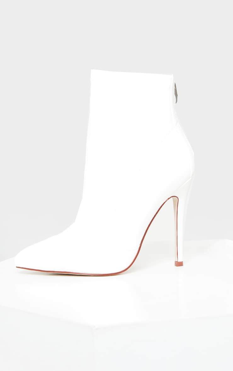 White WIDE FIT Pu Pointed Ankle Sock Boots 3