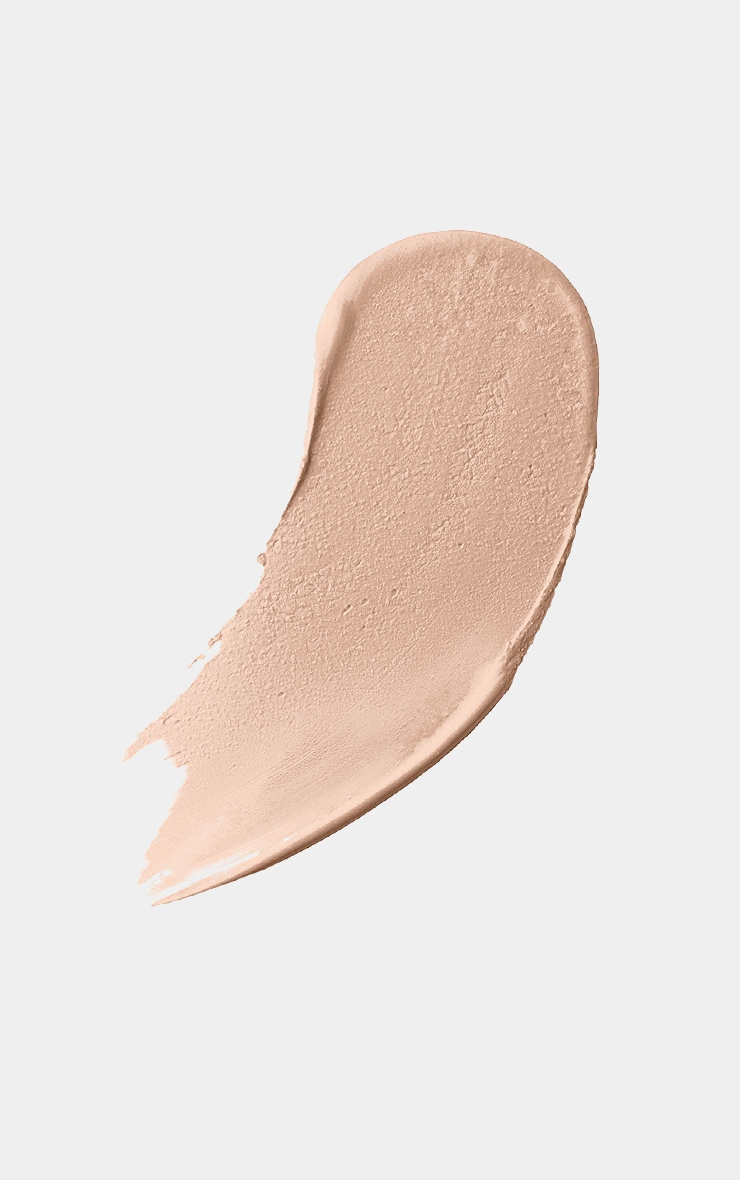 Max Factor Miracle Touch Foundation Creamy Ivory 2