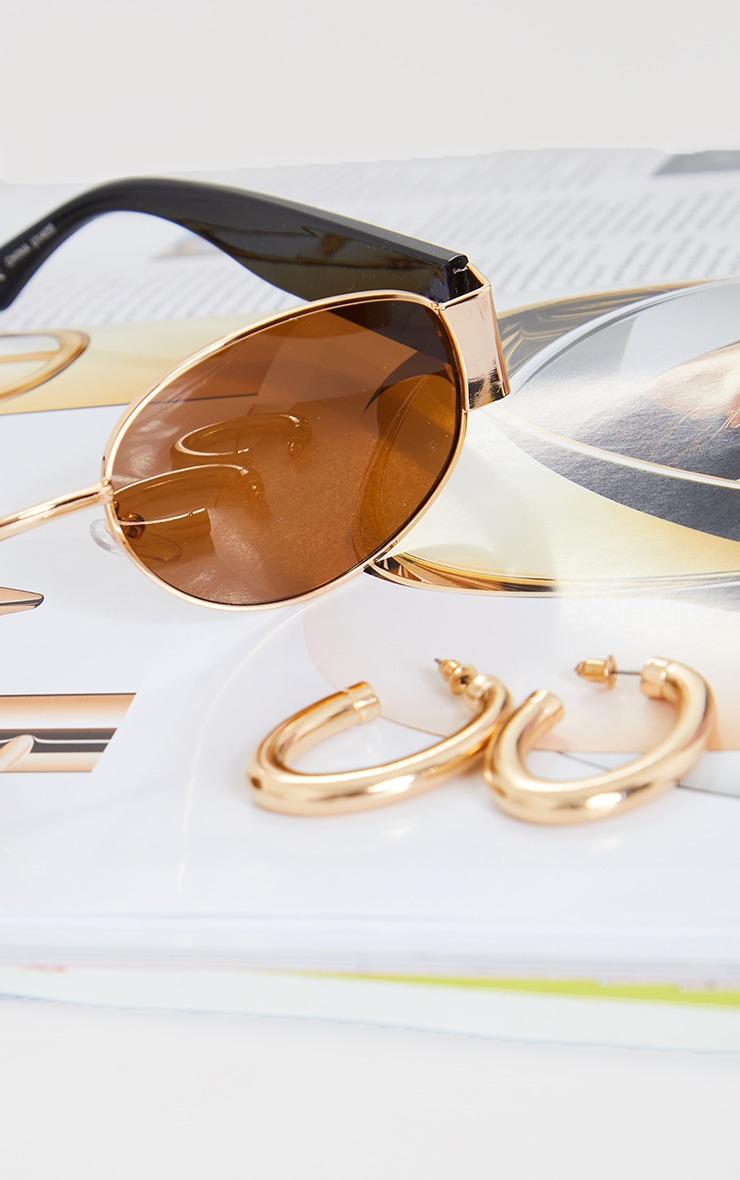 Gold Chunky Oval Hoop Earrings 2