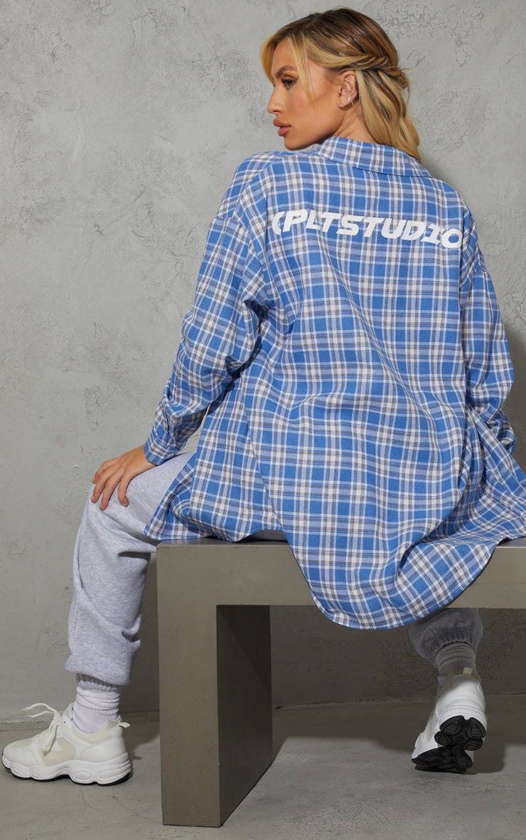 PRETTYLITTLETHING Maternity Blue Oversized Check Shirt 1