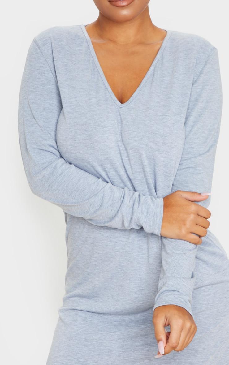 فستان بتصميم تي شيرت بياقة على شكل V وأكمام طويلة، رمادي اللون 4