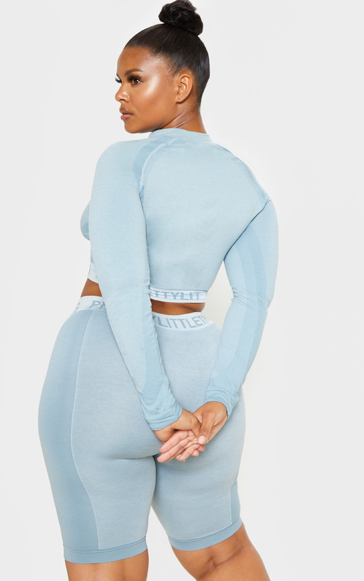 PRETTYLITTLETHING Plus Light Blue Seamless Long Sleeve Crop Top  2