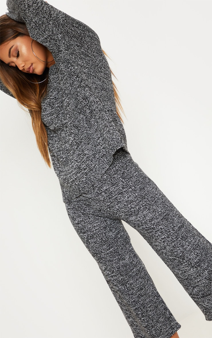 Grey Knitted Cropped Length Co-ord 5