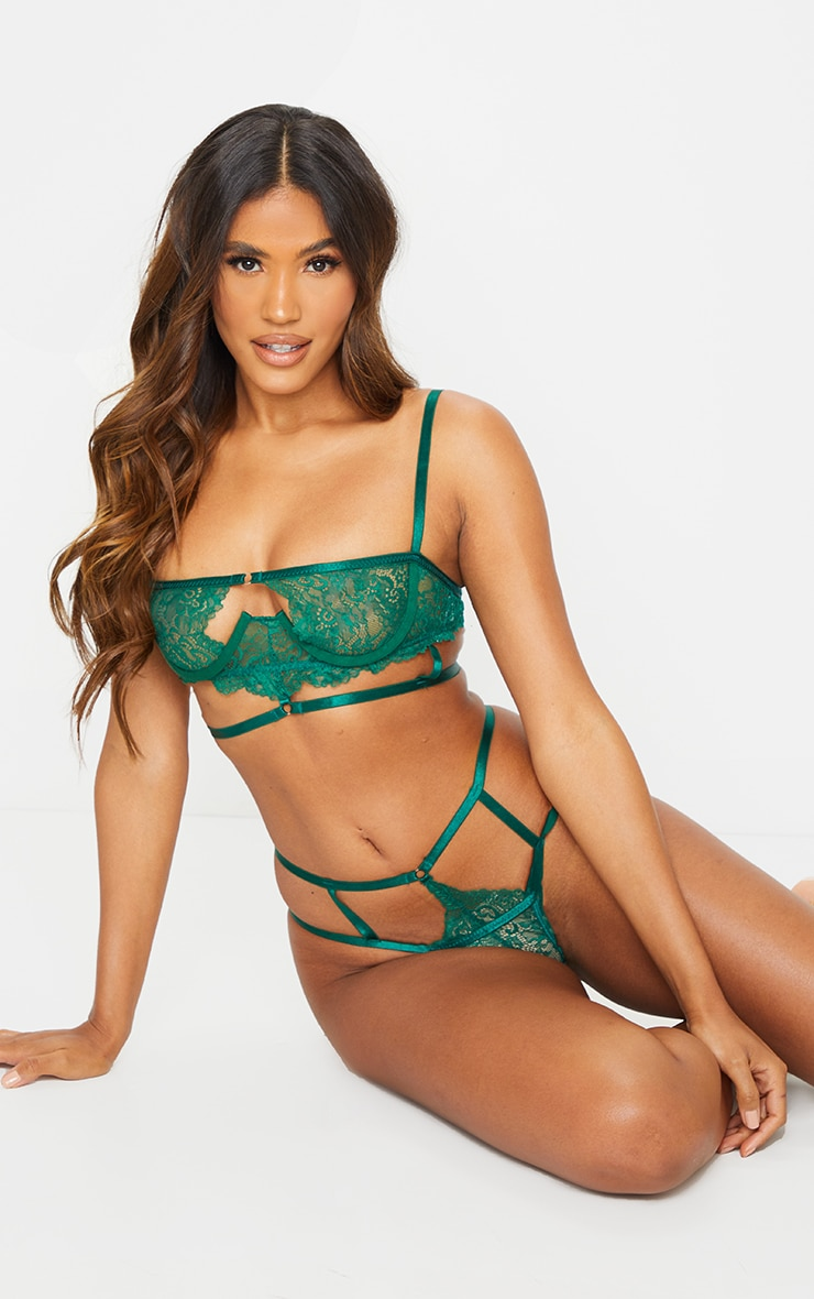 Green Cut Out Detail Strapping Underwired Lingerie Set 3