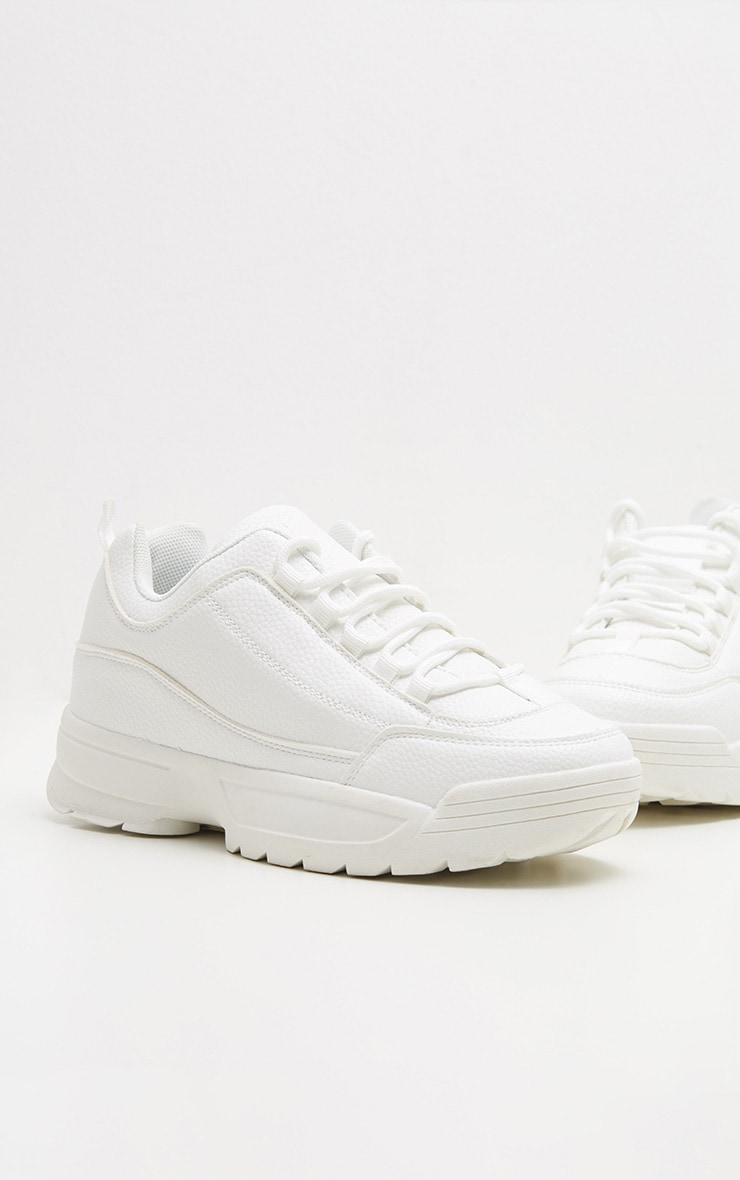 WHITE CHUNKY CLEATED SOLE TRAINERS