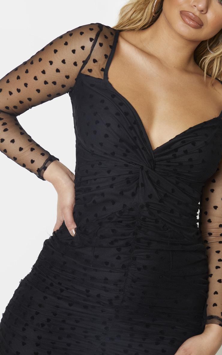 Robe moulante froncée noire à manches longues en mesh imprimé petits coeurs