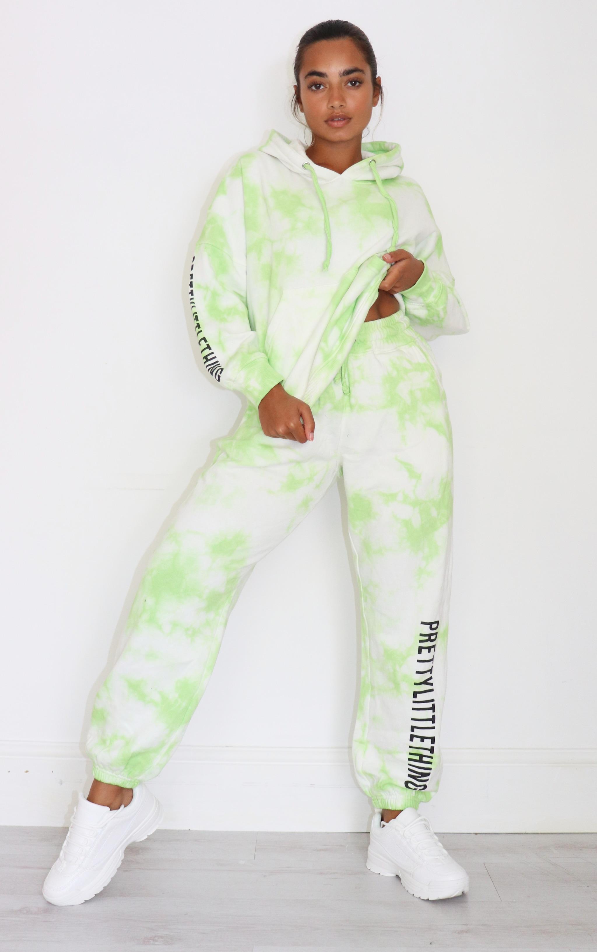 PRETTYLITTLETHING Petite Lime Tie Dye Slogan Joggers 1