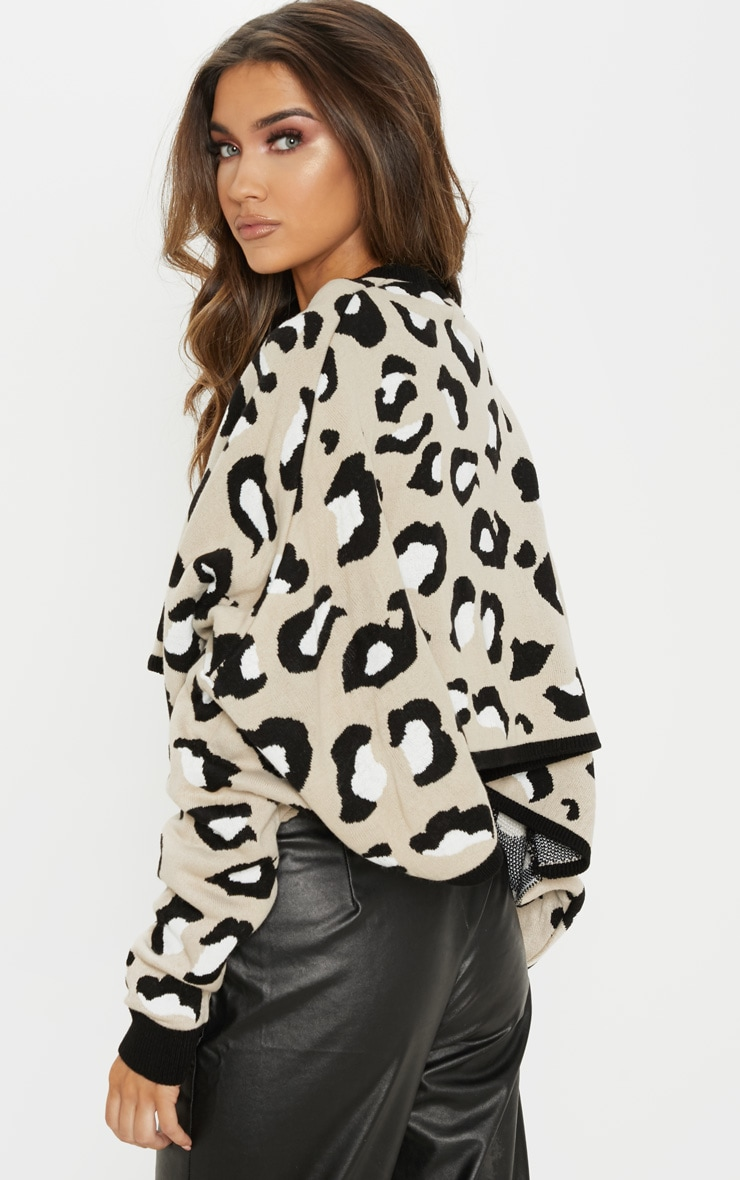 Stone Leopard Knitted Cropped Sweater 2