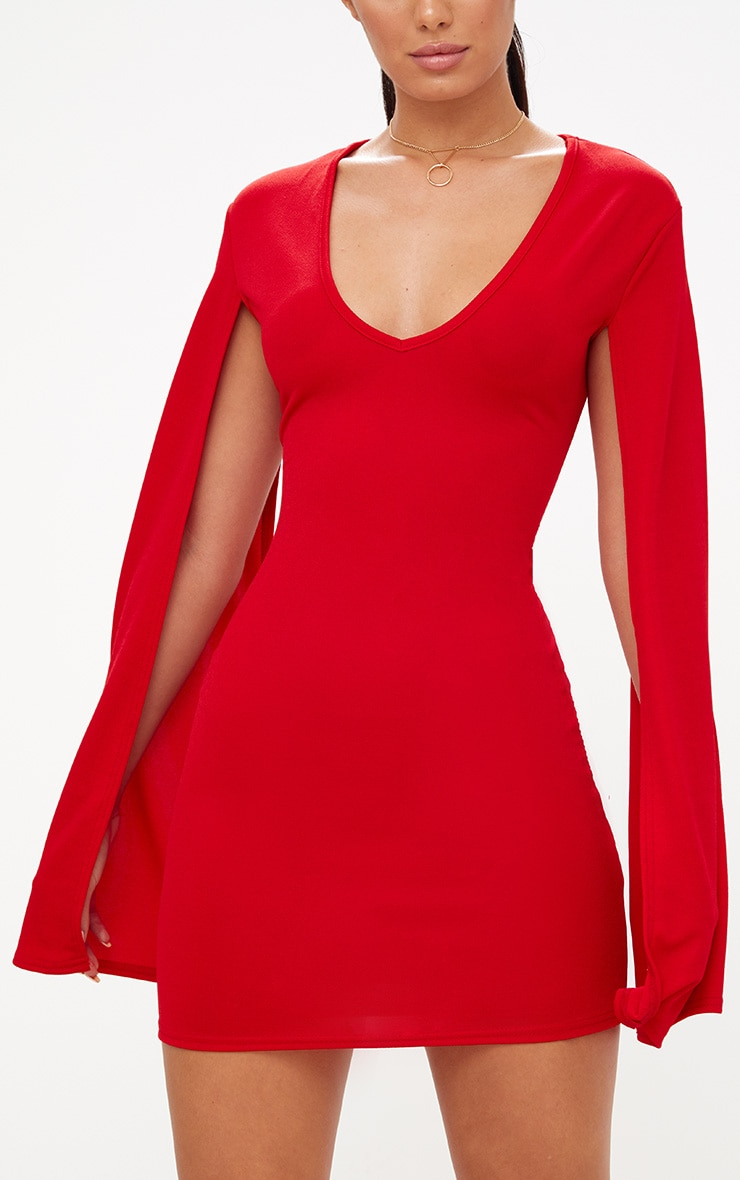 Robe moulante rouge fendue aux bras 5