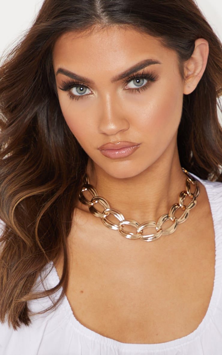 Gold Chunky Chainlink Necklace 1