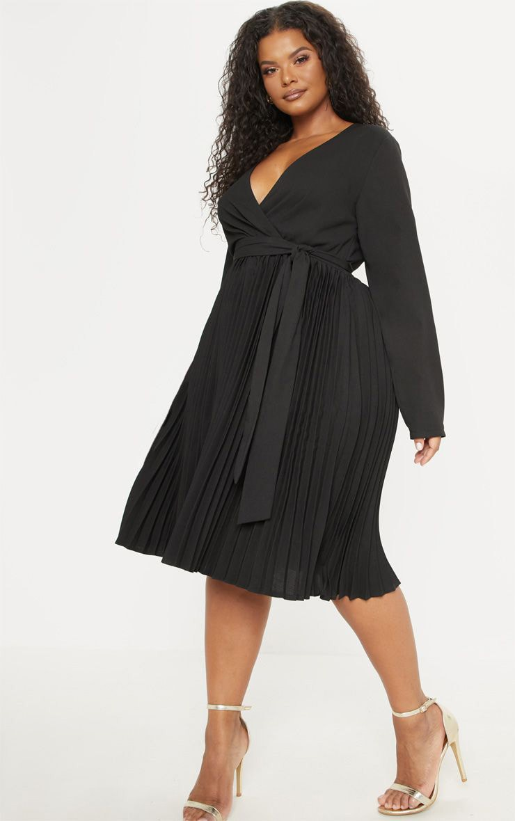 Plus Black Long Sleeve Pleated Midi Dress