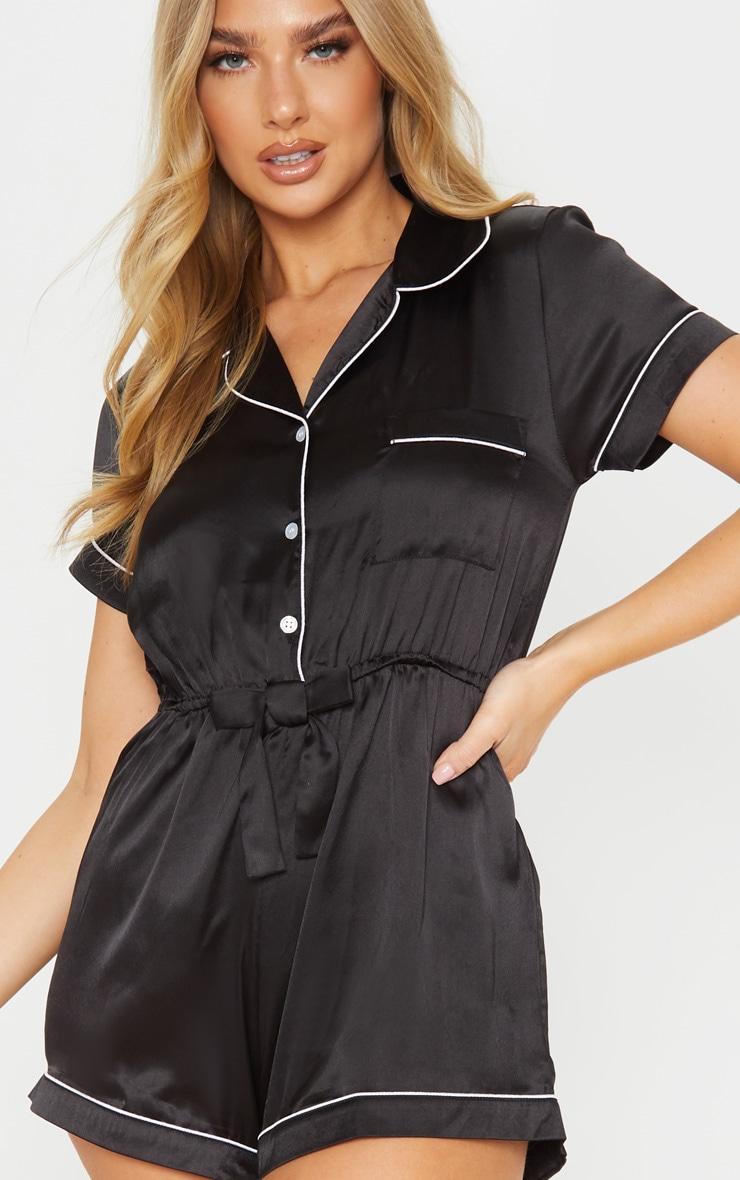 Pyjashort satiné noir à manches courtes 5