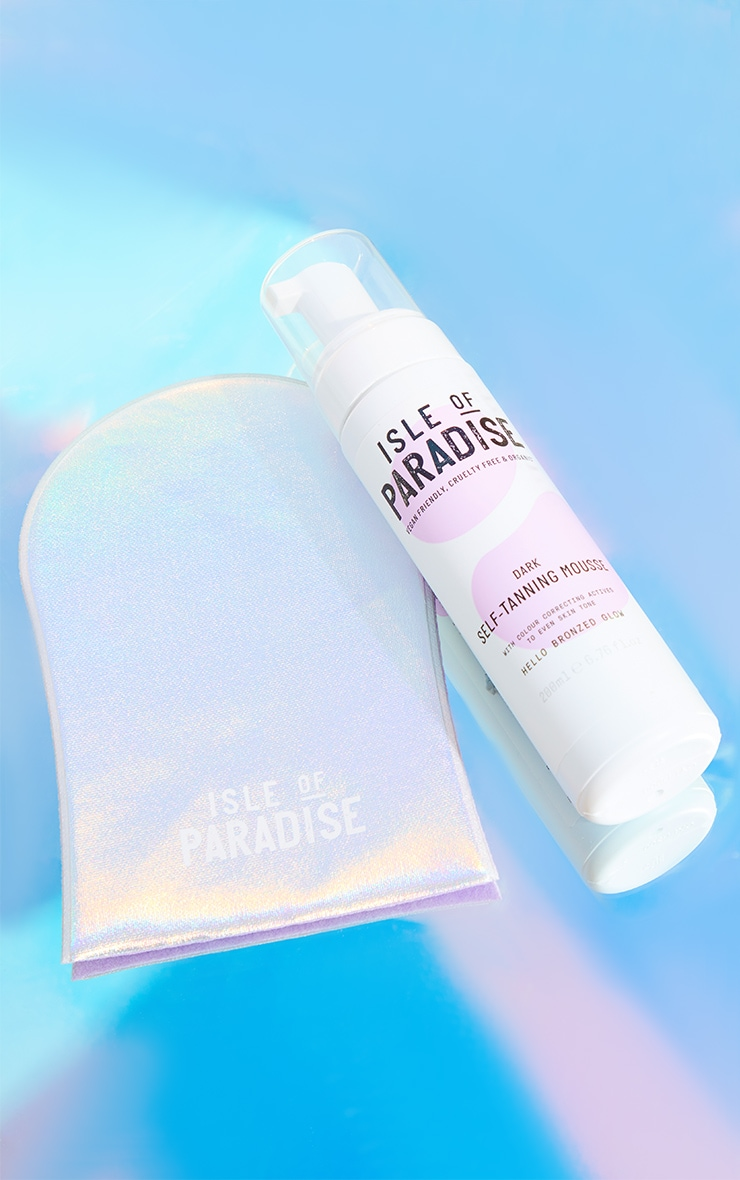 Isle Of Paradise Exclusive Self-Tanning Mousse Dark And Mitt Bundle (Worth £25) 3