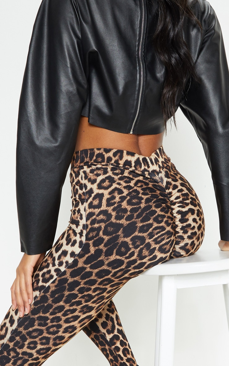 Leopard Print Ruched Bum Detail Legging 6