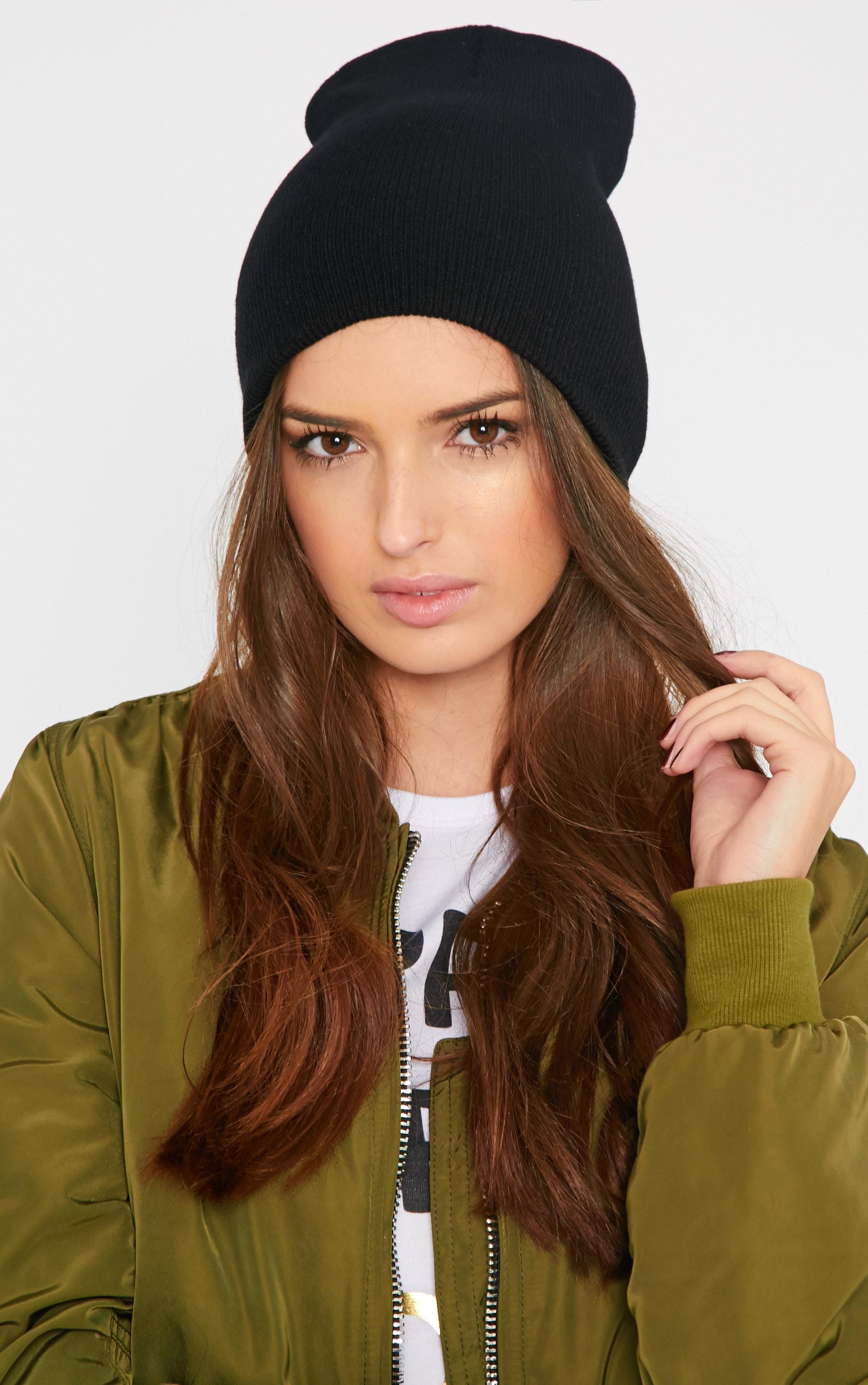 Alice Black Beanie Hat 1