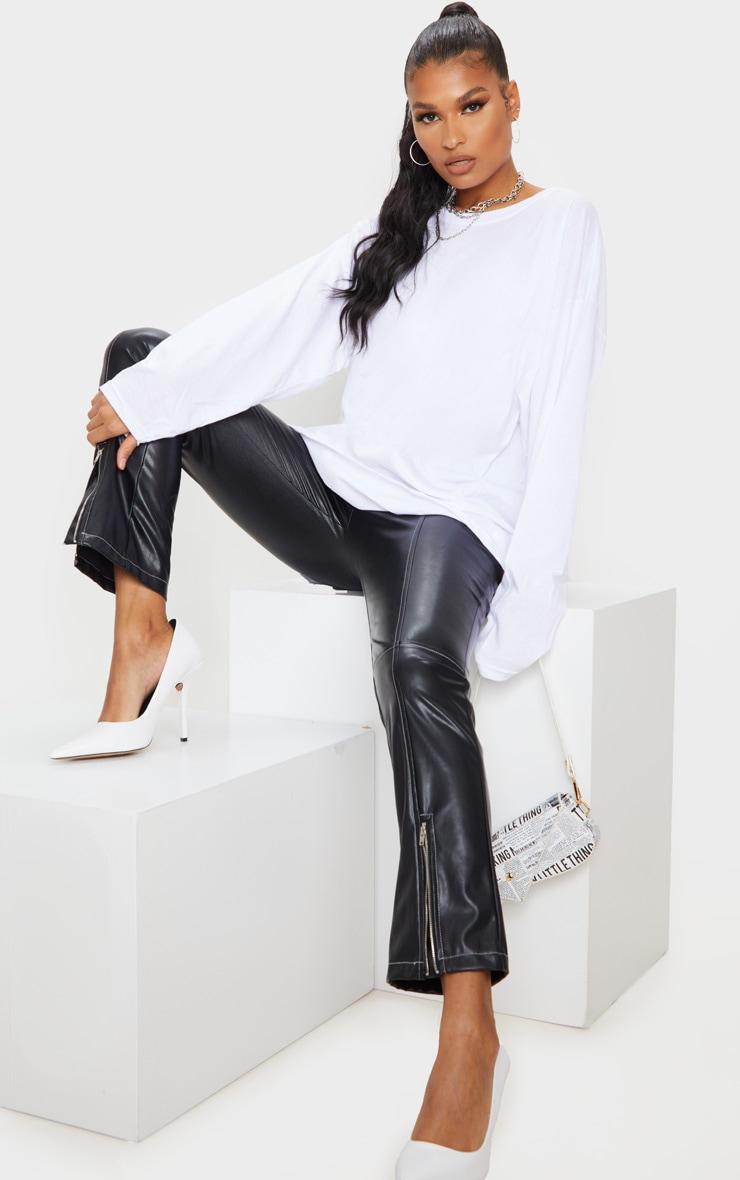 Tee-shirt oversize style boyfriend blanc à manches longues 3