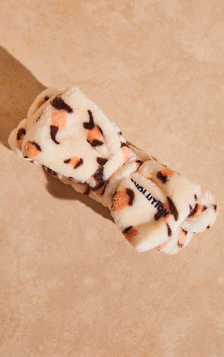 Revolution Skincare Luxe Leopard Print Headband 4