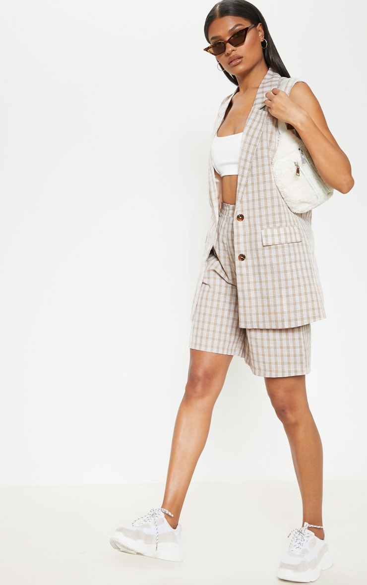 Stone Checked Oversized Sleeveless Woven Blazer    1