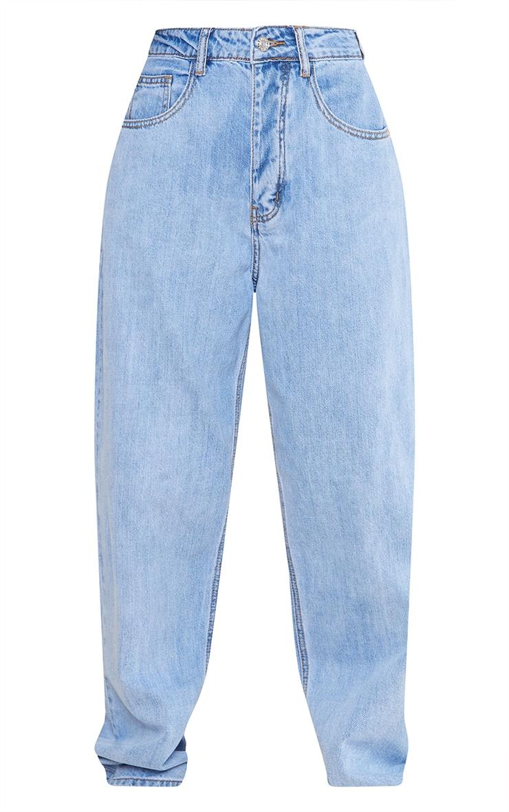 PRETTYLITTLETHING Light Wash Boyfriend Jeans 5